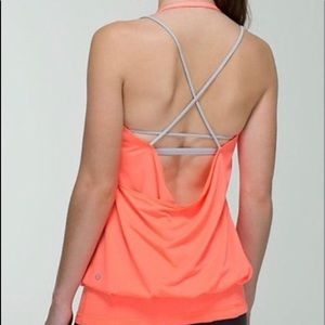 Lululemon Flow and Go Very Light Flare Slvr Spoon